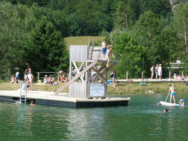 Lac de baignade de l 39 alpe du grand serre is re tourisme - Office du tourisme alpes du grand serre ...