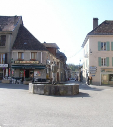 Centre du village de Mens