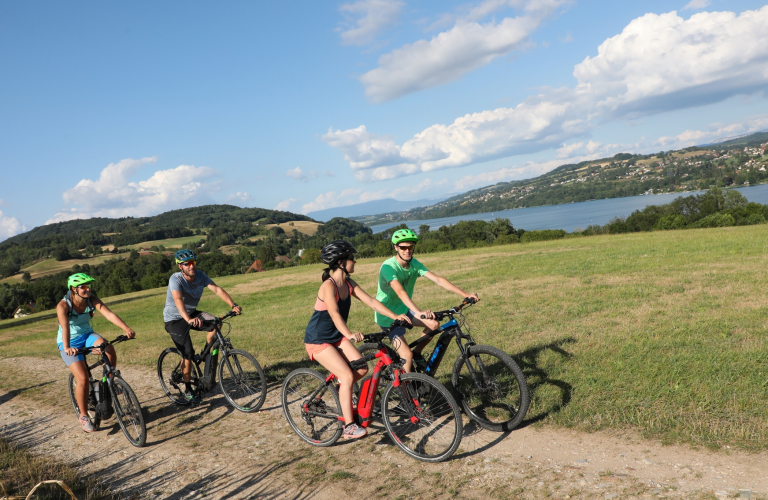 Circuit VTT balade initiatique lac de Paladru